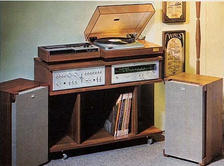 Listen5_1972.jpg